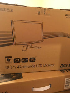 Computer & NEW Acer 18 Inch LCD Monitor  Package!