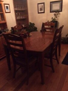 7 piece solid wood Table Set