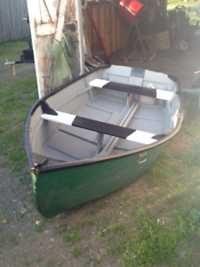 10' Boat Fibreglass Over Wood With 2.5 hp Mercury Motor