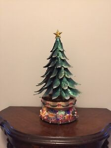PartyLite Musical Glowing Christmas Tree West Island Greater Montréal image 2