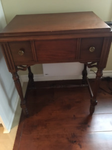 Beautiful Antique Hardwood Sewing Machine/Hall Table