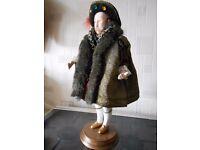 "Rare King Henry VIII (1491 - 1547) Quality Fine Art Fashion FIGURINE 12"" wooden base"