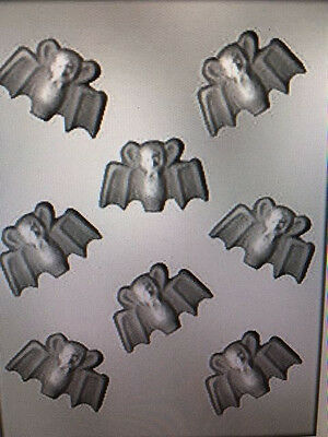 NEW SMALL BAT PIECES 2 1/8 mold candy chocolate molds bats halloween ck (Halloween 1-8 Collection)