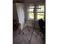 Folding professional clothes rail on wheels