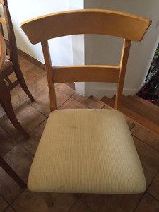 set de 4 large chaise en Bois/ 4 large dinning Chairs