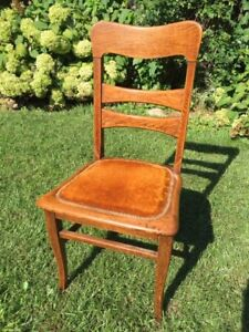 6 Vintage Oak Dining Chairs