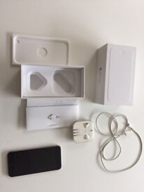 Iphone 6 unlocked to networks, boxed in excellent condition