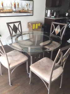 Dinette glass table top with 4 chairs