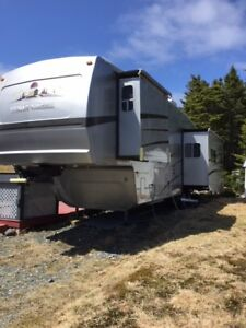 May 24 Special - 37' Fifth Wheel