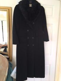 Minuet full length size 12 black coat with detachable faux fur collar