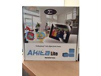 Akita Lite Professional 7 inch digital photo frame
