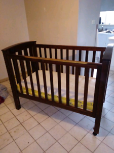 Quick sale cot and change table