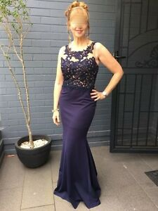 Formal Dress Size 12 Flattering & slimming Navy Blue Riverview Lane Cove Area Preview