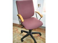 Hopewells high quality fully adjustable office chair