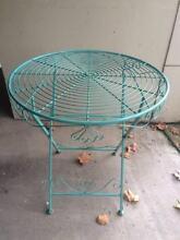 Round folding outdoor/garden carst iron table Balmain Leichhardt Area Preview