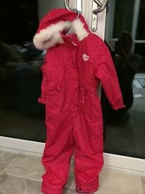 Brand new girls pink ski/snow suit aged 4-5 years