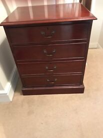 Antique oak veneer chest of drawers