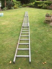 30' Aluminium 3 stage Ladders