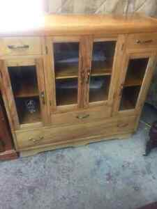 SOLID BIRCH ANITQUE SIDEBOARD/CHINA CABINET