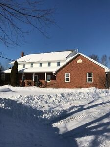 PERFECT FOR GROWING FAMILY ~ 5 ACRES ~ VAL CARON