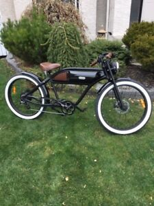 ESSENTIALLY NEW GREASER 500W ELECTRIC BIKE