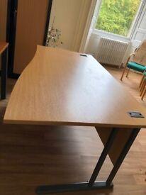 Table 160 cm - length 100 cm - width 70 cm - height