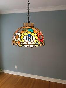 Beautiful Tiffany Style Pendant Light Fixture