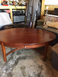 Cherry finish classic coffee table