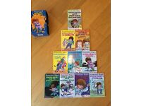 10 Horrid Henry books for children in excellent condition in a box set
