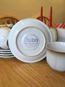 Mikasa Fluted Shell cups and saucers Cambridge Kitchener Area image 2