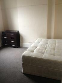 Double Room to Rent Shared House Queens Road Watford