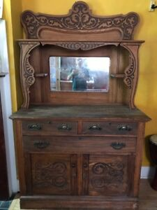 Hutch / Buffet for SALE, Antique - $290
