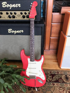 Fender Custom Shop Stratocaster 60's Relic Fiesta Red