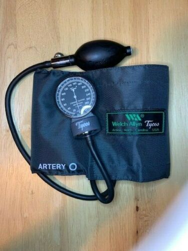 Welch Allyn 5090-02 Pocket Aneroid Sphygmomanometer Tycos Adult Blood Pressure