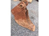 Buckets - Hitches - USED JCB PARTS AND MORE FOR SALE
