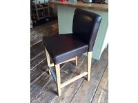 Oak and leather kitchen bar stool, excellent condition and quality.