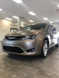 2017 Chrysler Pacifica Touring-L Plus REDUCED $215 BW 5874000812