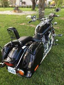 Custom Yamaha VStar 1100cc