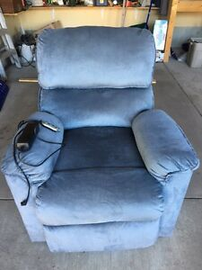 Electric Lift Chair-Excellent Condition