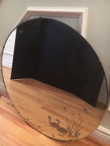 """VINTAGE 1930's SWAN REVERSE ETCHED 24"""" BEVELED ROUND WALL MIRROR"""