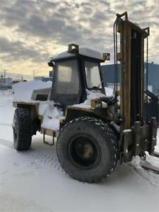 Très rare 4 x 4 Tout-Terrain Load Lifter 8000 lbs rough terrain