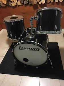 Ludwig shell kit like new