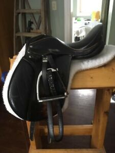 "15"" Youth Dressage Saddle"
