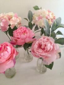 Fake flower in vase x 6 - suitable for wedding