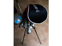 Junior Golf Set with Dunlop stand bag suit kids aged 9 to 12 years