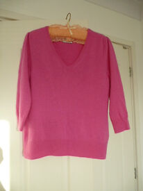 100% cashmere sweater in excellent condition Pink