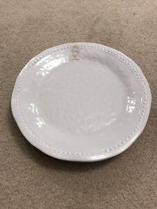Set of 4 Nicole Miller Plates