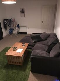 £330 Large Double Room for Rent with En-Suite - AVAILABLE NOW - NO FEES