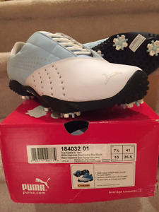 3 pairs of golf shoes for sale