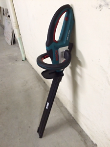 Bosch Hedge Trimmer Surfers Paradise Gold Coast City Preview